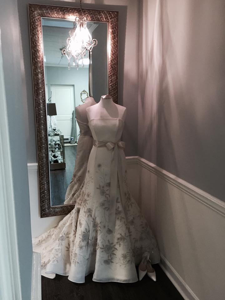 Couture wedding dresses 2 rl couture bridal for Wedding dress boutiques atlanta